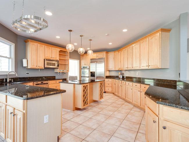 15 - kitchen