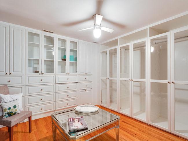 28 - dressing room (bedroom 4)