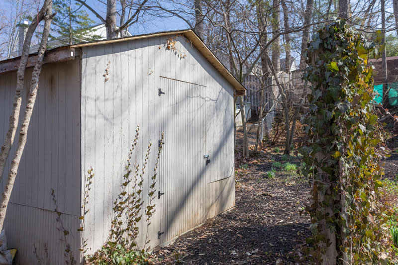 41  - 5927 Beech Avenue Shed