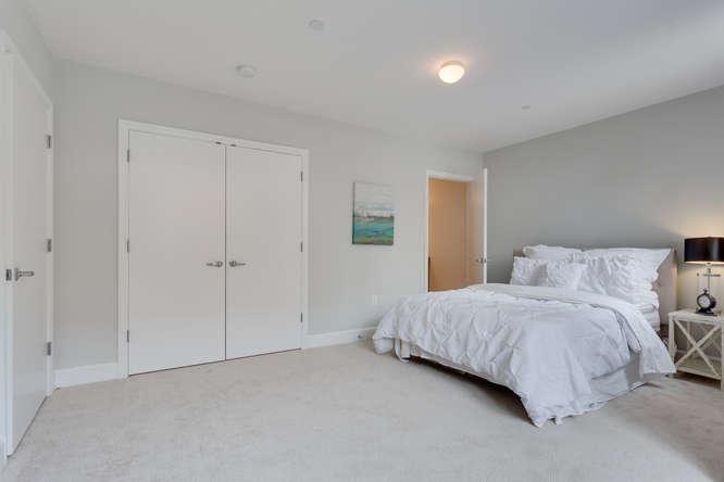 150 V St NW VL07 Washington DC-small-017-Master Bedroom-666x444-72dpi