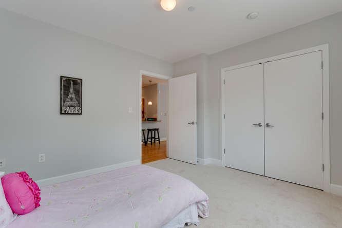 150 V St NW VL07 Washington DC-small-021-Bedroom-666x444-72dpi