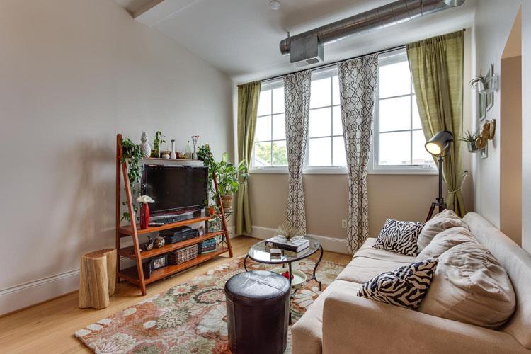 2035-2nd-Street-G302-large-022-Living-Room-1500x1000-72dpi