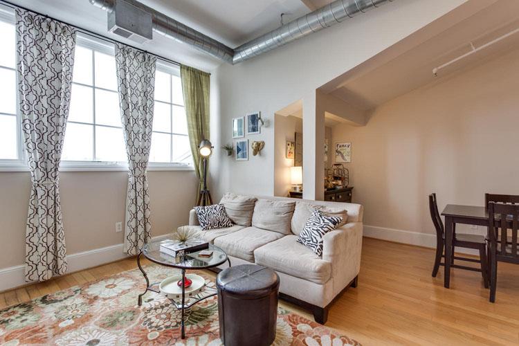 2035-2nd-Street-G302-large-023-Living-Room-1500x1000-72dpi