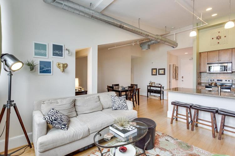 2035-2nd-Street-G302-large-024-Living-Room-1500x1000-72dpi