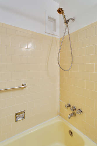 9332 Limestone Pl College Park-small-018-Bathroom-334x500-72dpi