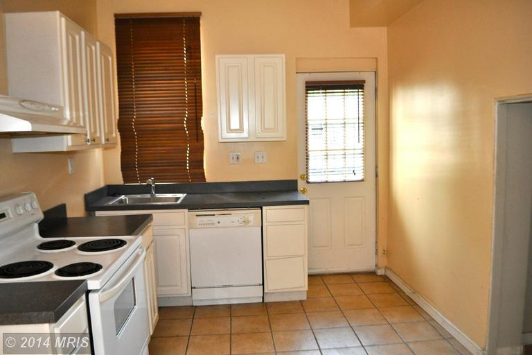 DC8427270 - Kitchen