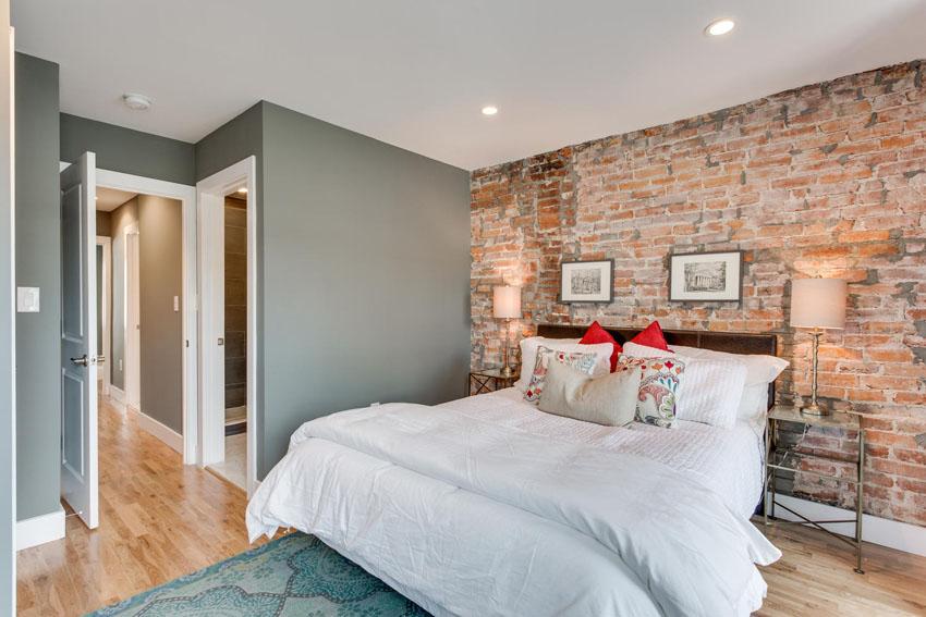 1421-1st-Street-Washington-DC-large-020-Master-Bedroom-1500x1000-72dpi