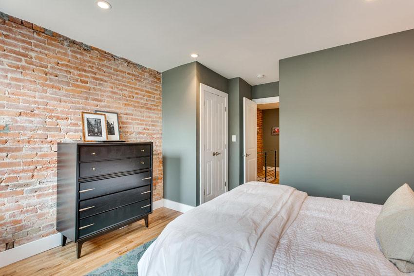 1421-1st-Street-Washington-DC-large-021-Master-Bedroom-1500x1000-72dpi