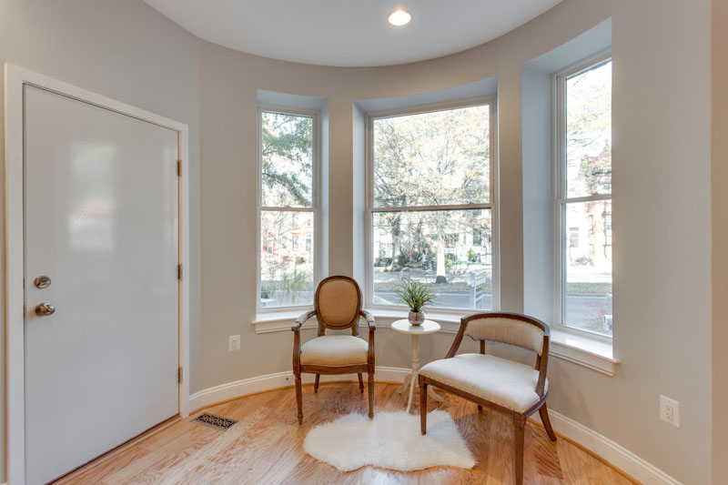 22-Rhode-Island-Ave-NW-Unit-1-large-003-Front-Entry-Detail-1500x1000-72dpi
