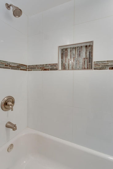 22-Rhode-Island-Ave-NW-Unit-1-large-029-Bathroom-667x1000-72dpi