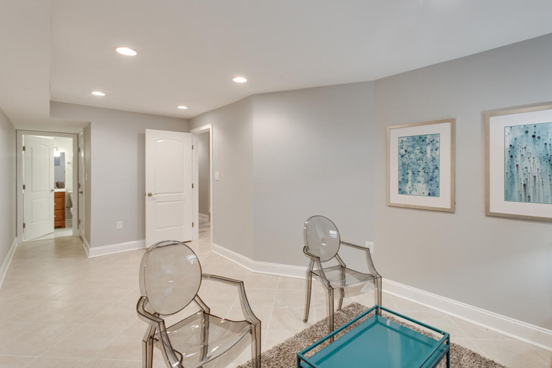 22-Rhode-Island-Ave-NW-Unit-1-large-031-Family-Room-1500x1000-72dpi