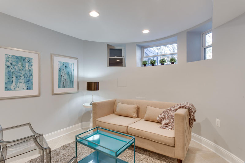 22-Rhode-Island-Ave-NW-Unit-1-large-032-Family-Room-1500x1000-72dpi