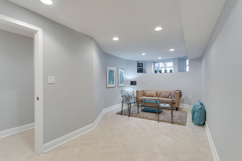 22-Rhode-Island-Ave-NW-Unit-1-large-033-Family-Room-1500x1000-72dpi