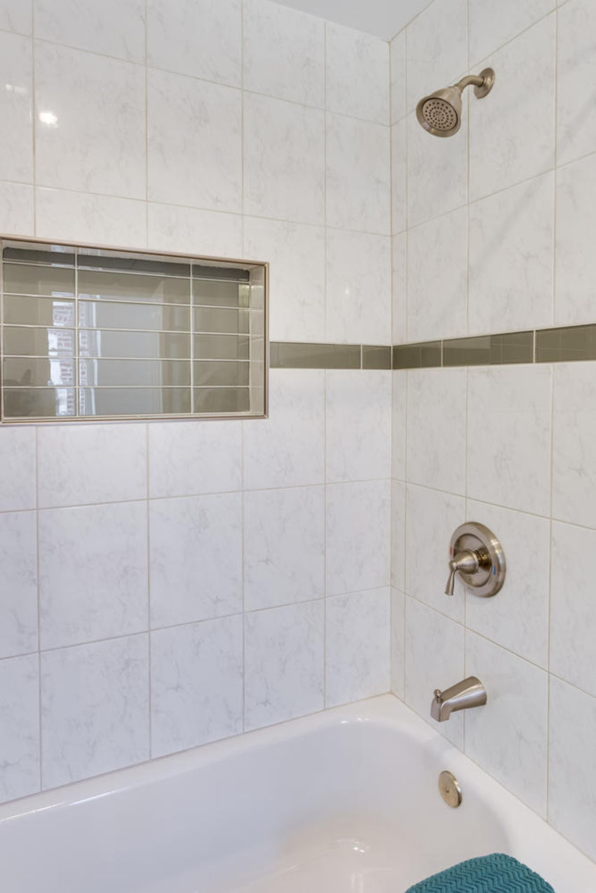 22-Rhode-Island-Ave-NW-Unit-2-large-015-Bathroom-667x1000-72dpi