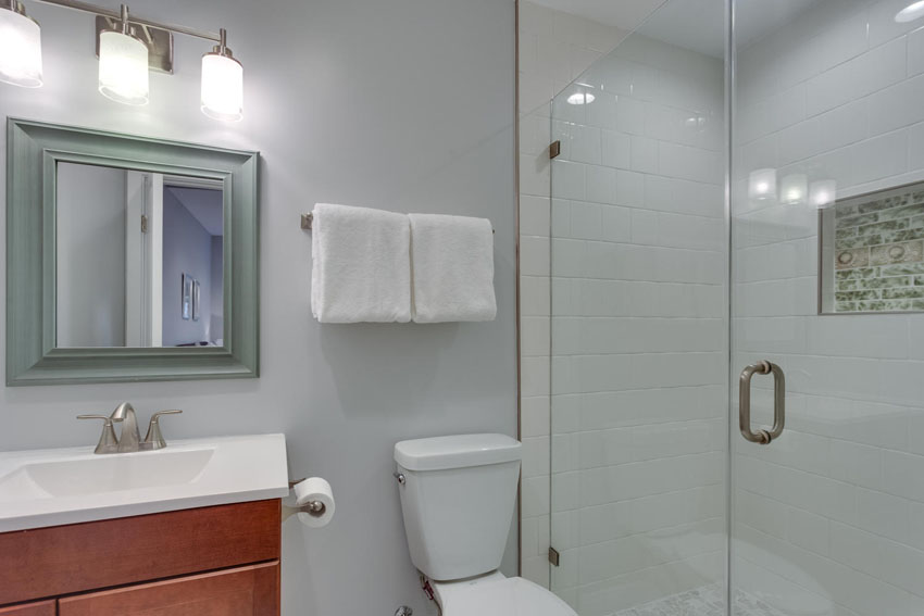 22-Rhode-Island-Ave-NW-Unit-2-large-031-Master-Bath-1500x1000-72dpi