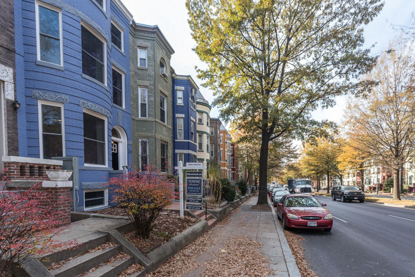 22-Rhode-Island-Ave-NW-Unit-2-large-058-Front-Exterior-1500x1000-72dpi