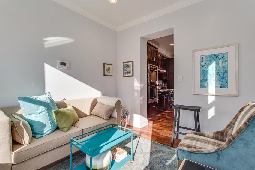 5208 Illinois Ave NW-large-021-Sun Room-1500x1000-72dpi
