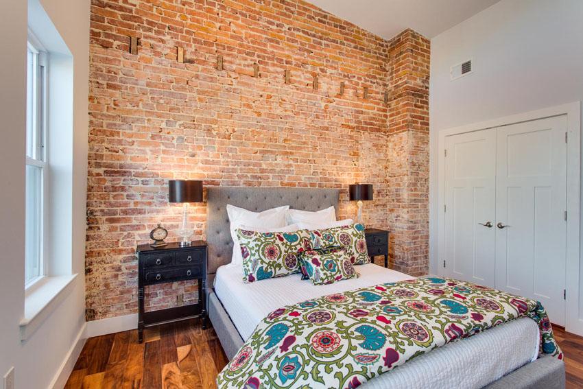 5208 Illinois Ave NW-large-025-Master Bedroom-1500x1000-72dpi