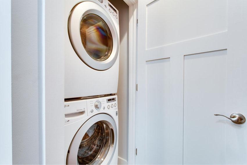 5208 Illinois Ave NW-large-034-Laundry-1500x1000-72dpi