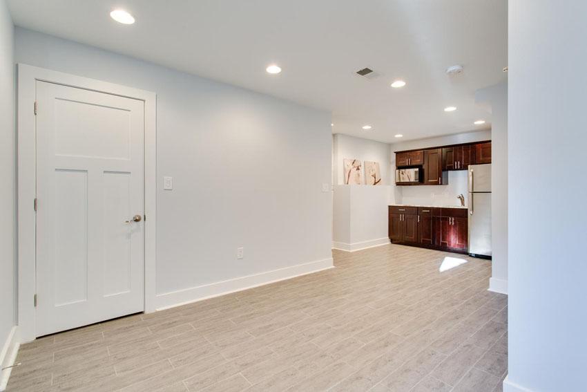 5208 Illinois Ave NW-large-039-Lower Level Suite-1500x1000-72dpi