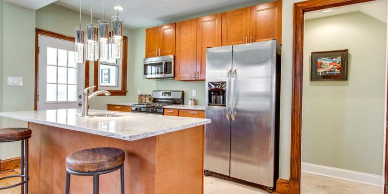 530 Quintana Pl NW Washington-MLS_Size-011-KitchenBreakfast Bar-2048x1536-72dpi