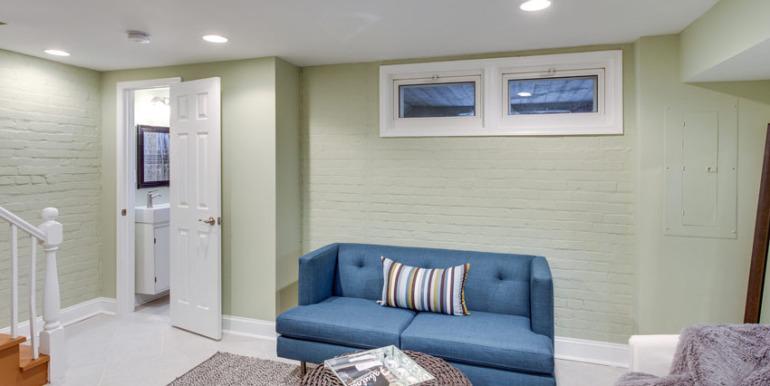 530 Quintana Pl NW Washington-MLS_Size-025-Family Room-2048x1536-72dpi