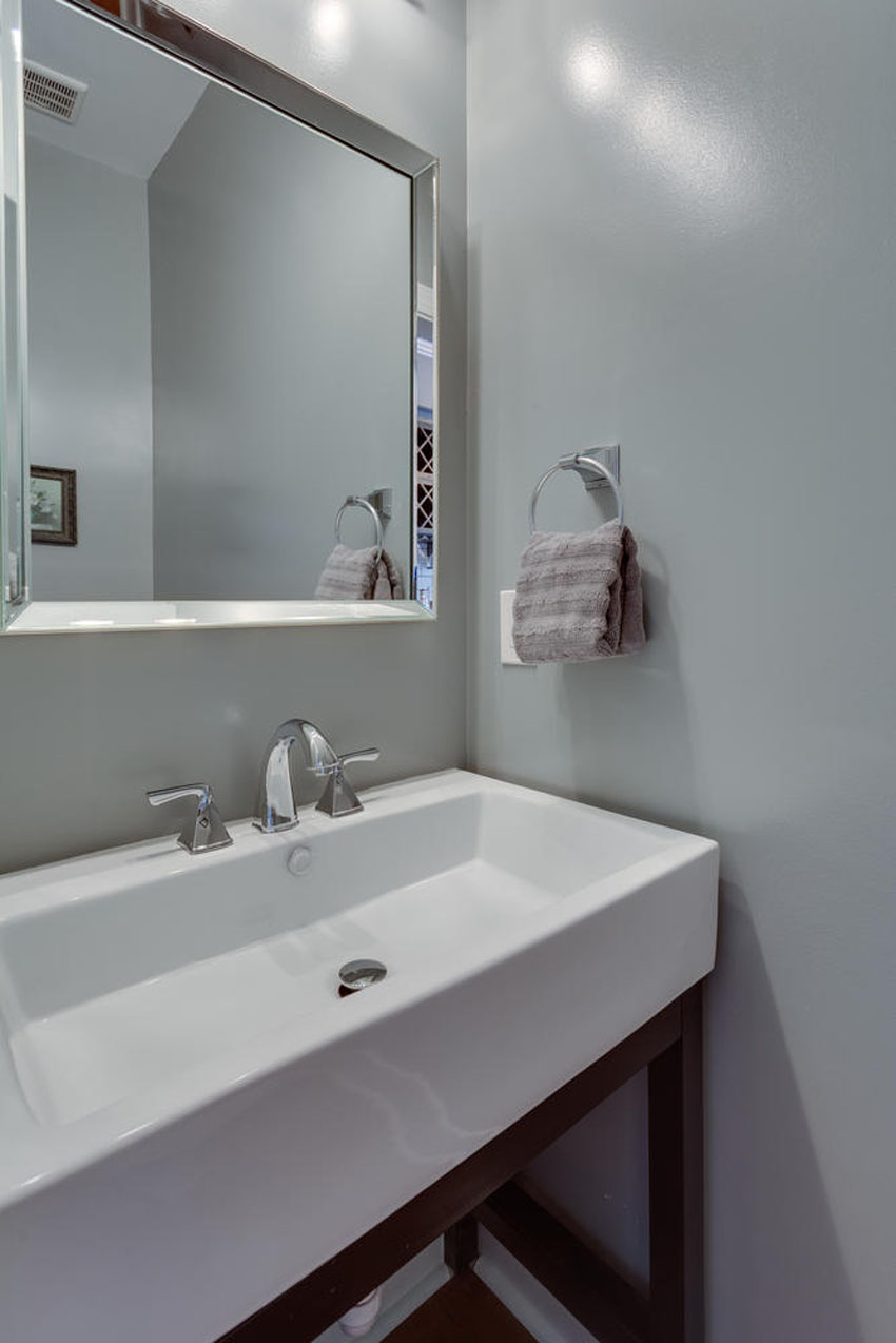 1010 K St NE Washington DC-large-012-Powder Room-667x1000-72dpi