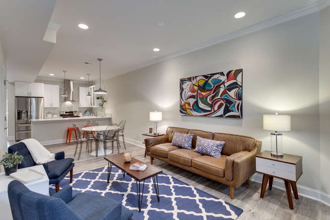 29-Q-St-NE-1-Washington-DC-small-005-Living-Room-666x445-72dpi