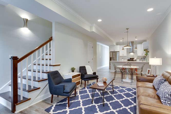 29-Q-St-NE-1-Washington-DC-small-008-Living-Room-666x444-72dpi