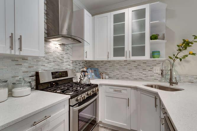 29-Q-St-NE-1-Washington-DC-small-015-Kitchen-666x444-72dpi