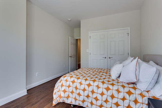 29-Q-St-NE-1-Washington-DC-small-025-Bedroom-2-666x444-72dpi
