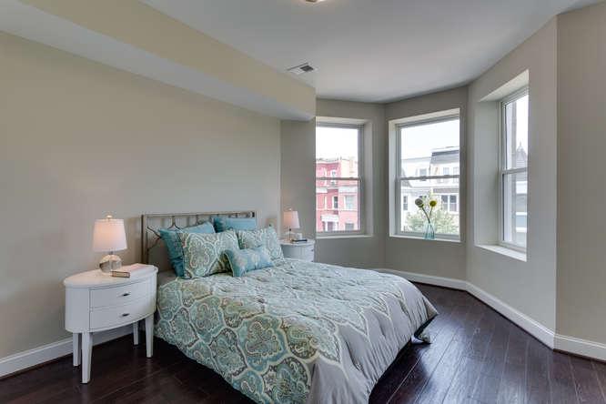 29-Q-St-SW-Unit-2-Southwest-small-005-Bedroom-666x444-72dpi