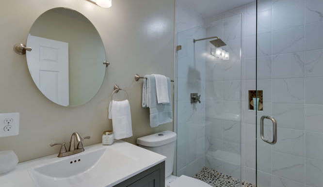 29-Q-St-SW-Unit-2-Southwest-small-031-Bathroom-666x444-72dpi