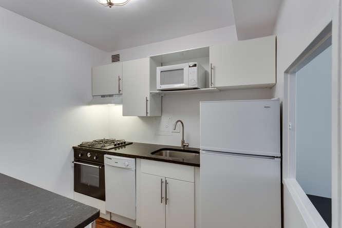 730 24th St NW Unit 312-small-003-Kitchen-666x444-72dpi