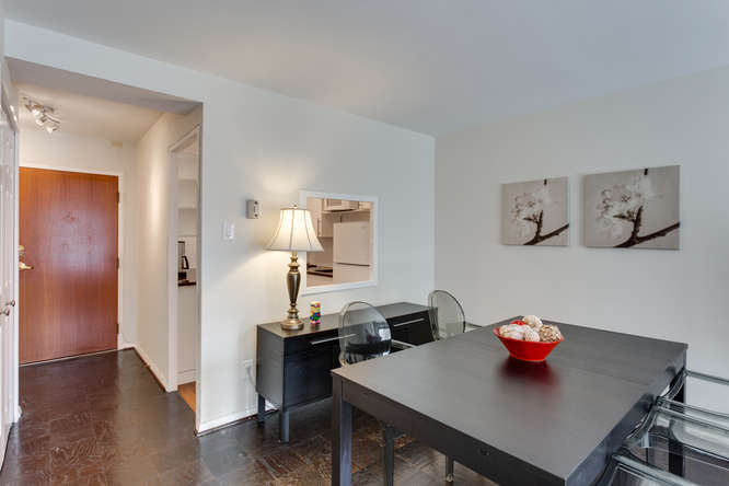 730 24th St NW Unit 312-small-009-Dining Room-666x444-72dpi