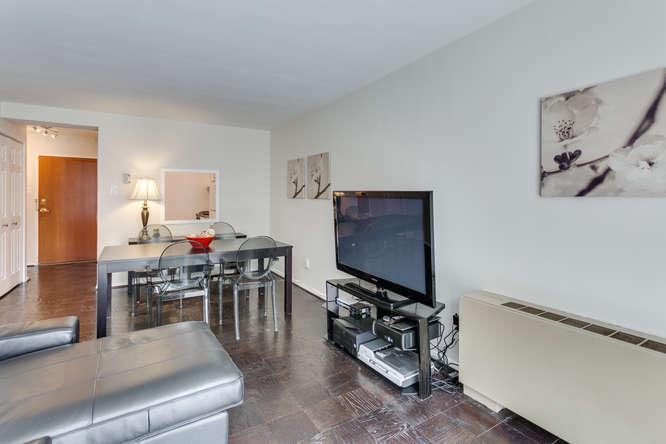 730 24th St NW Unit 312-small-016-Living Room-666x444-72dpi