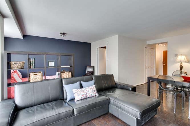 730 24th St NW Unit 312-small-017-Living Room-666x444-72dpi