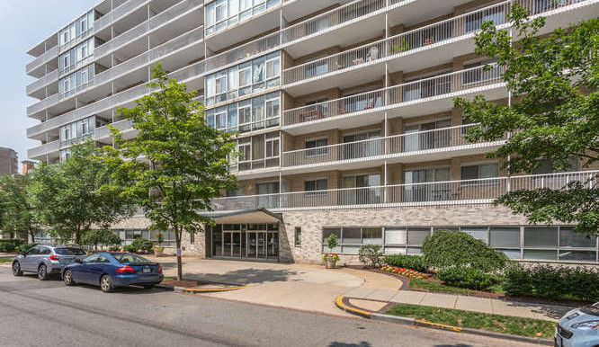 730 24th St NW Unit 312-small-034-Front Exterior-666x444-72dpi