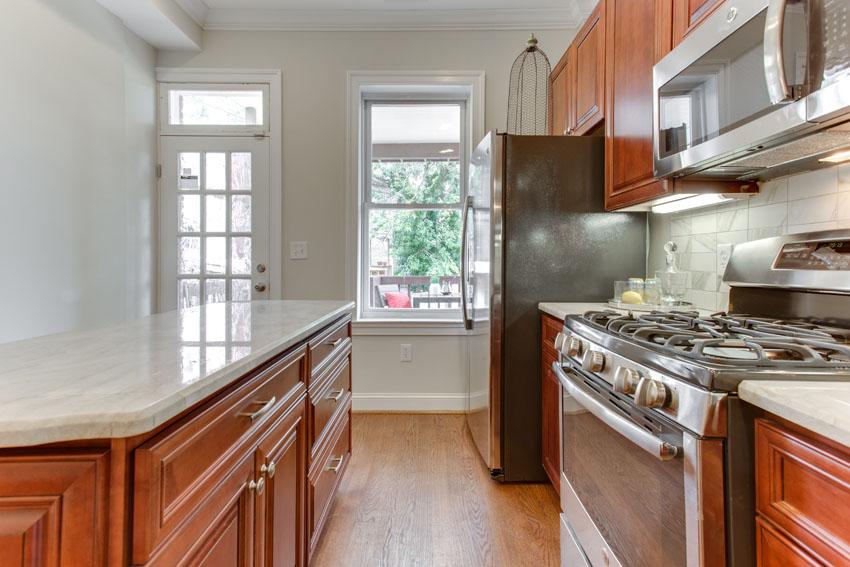 1031 10th St NE Washington DC-print-032-Kitchen-4200x2800-300dpi