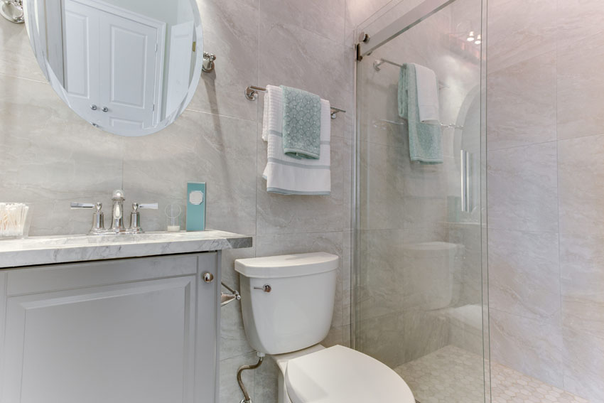 1031 10th St NE Washington DC-print-042-Master Bath-4200x2800-300dpi