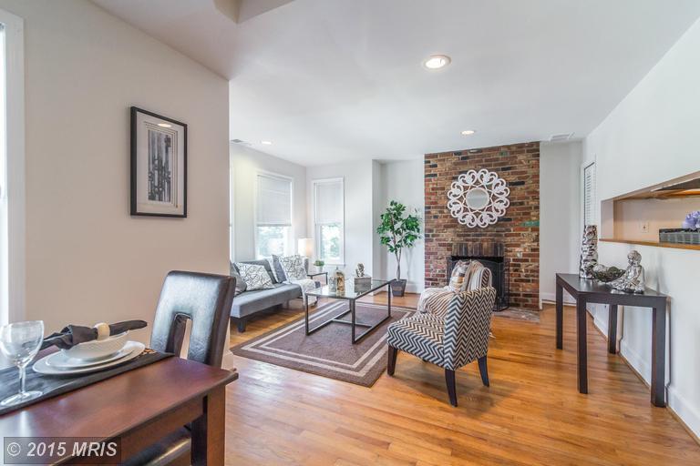DC8643588 - Bright, Open Living Room