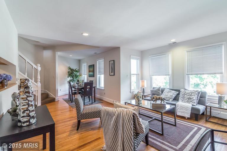 DC8643588 - Open Living Room