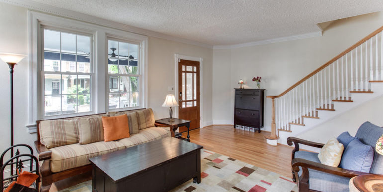 916 Decatur St NW Washington-large-012-10-Living Room-1500x1000-72dpi