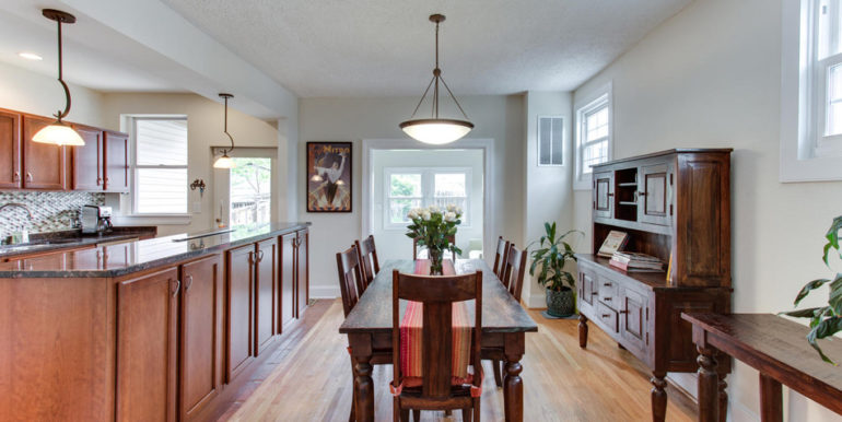 916 Decatur St NW Washington-large-015-36-Dining Room-1500x1000-72dpi