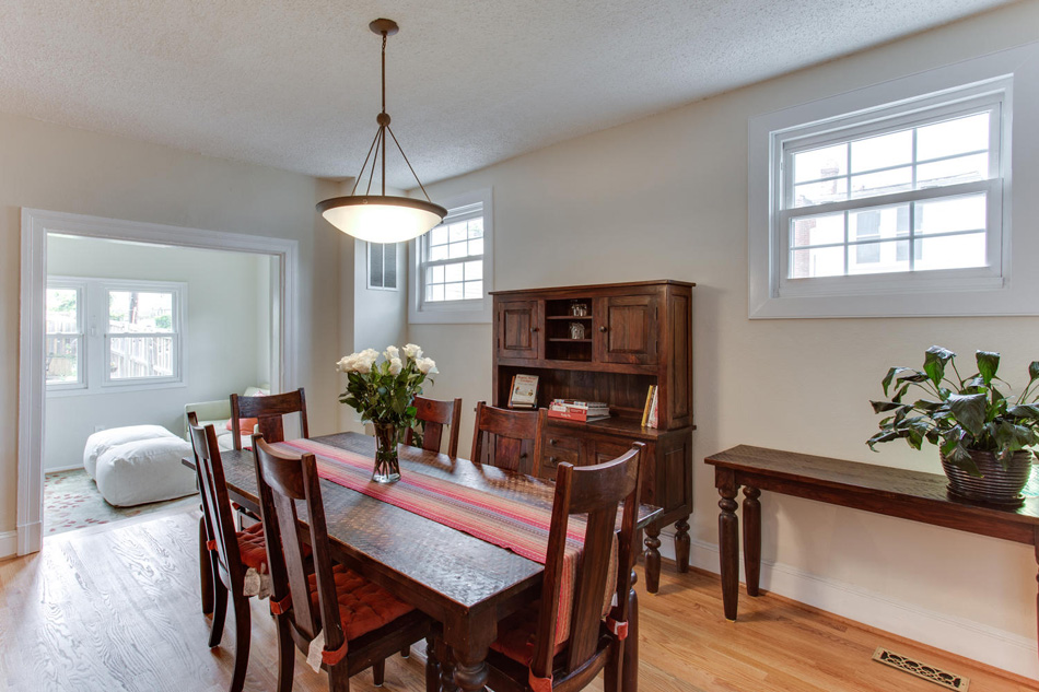 916 Decatur St NW Washington-large-017-24-Dining Room-1500x1000-72dpi