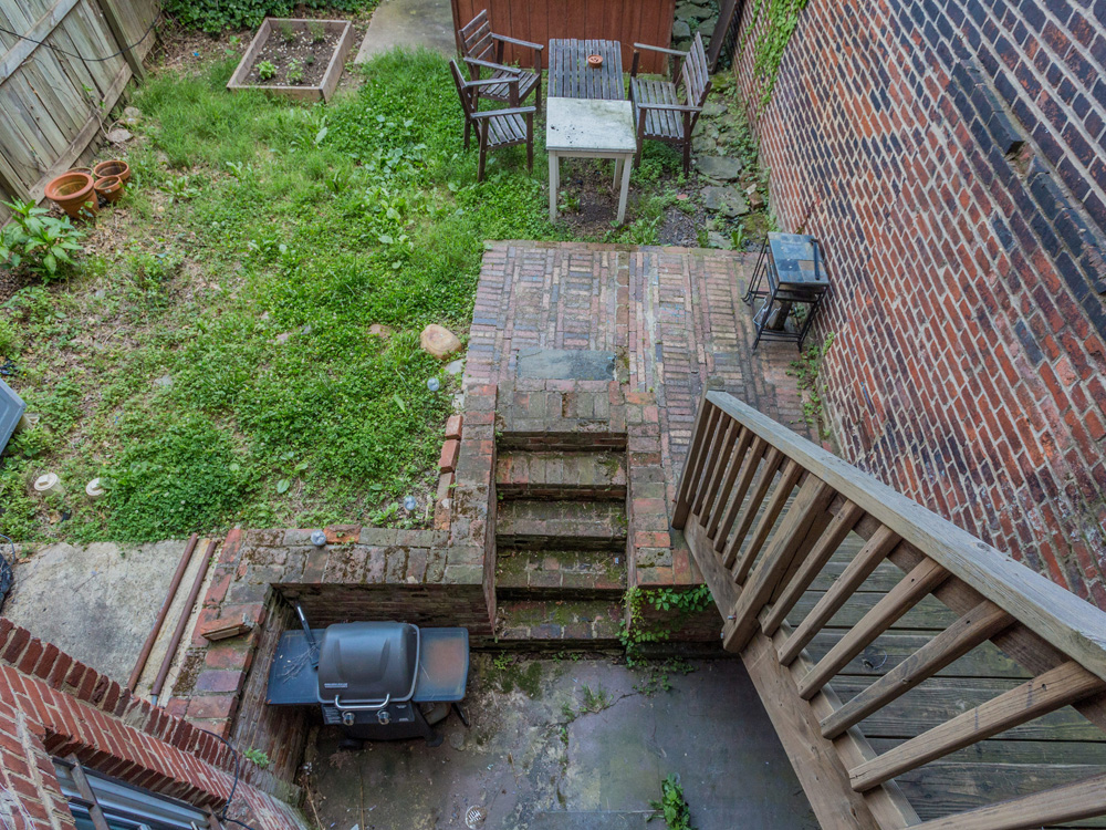 1329 10th St NW Washington DC-MLS_Size-010-4-Back Yard-2048x1536-72dpi