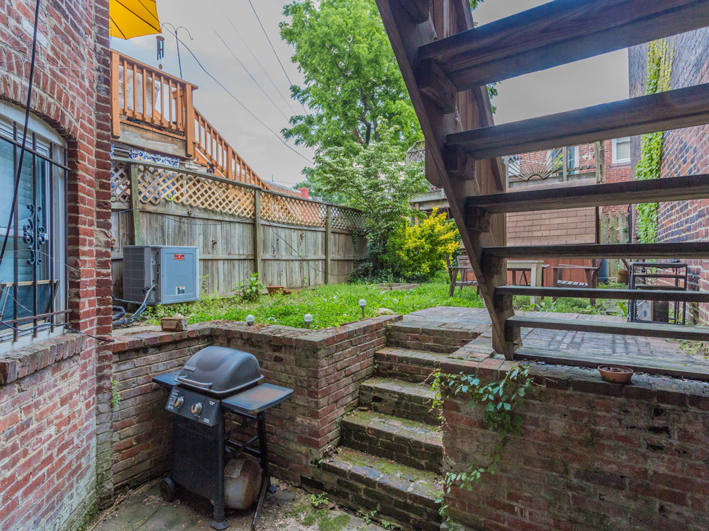 1329 10th St NW Washington DC-MLS_Size-014-7-Back Yard-2048x1536-72dpi