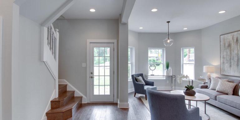 1356 Girard St NE Washington-large-001-32-Entryway-1500x1000-72dpi