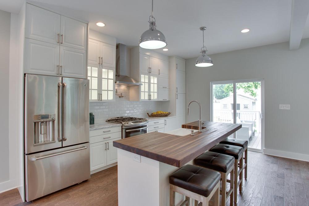1356 Girard St NE Washington-large-017-63-Kitchen-1500x1000-72dpi