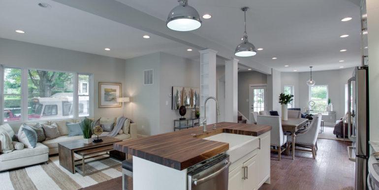 1356 Girard St NE Washington-large-022-61-Kitchen-1500x1000-72dpi